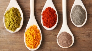 spices_on_spoons